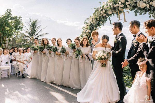 Những hình ảnh đẹp như cổ tích trong đám cưới của nhà văn Gào và chồng  trước khi ly hôn - Yeah1 News