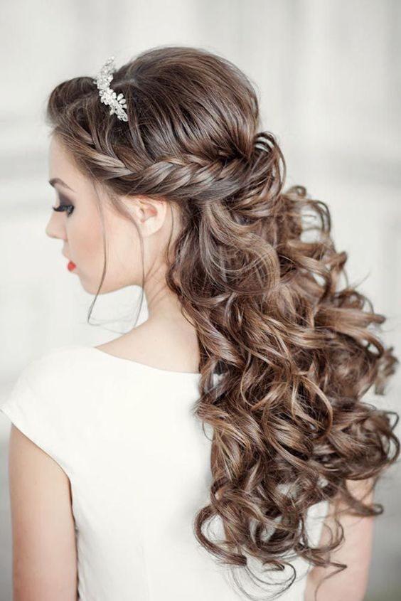 Hướng dẫn 8 kiểu tết tóc cô dâu đơn giản mà đẹp ngây ngất - Tóc giả LUXY