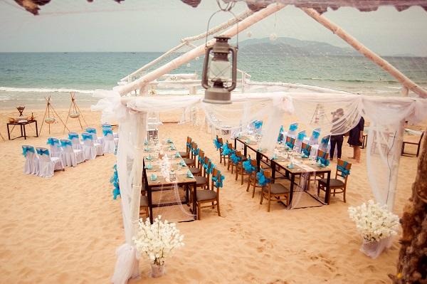 """10 kinh nghiệm tổ chức đám cưới ở biển """"không-thể-không-biết"""" - CELEB  Wedding"""